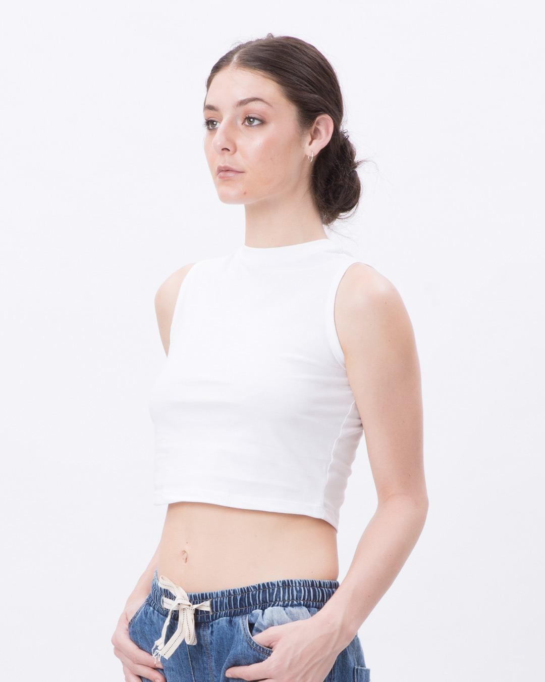 c64f4547bee White Cropped Tank - Plain Womens Cropped Tank Tops@Best Price India ...