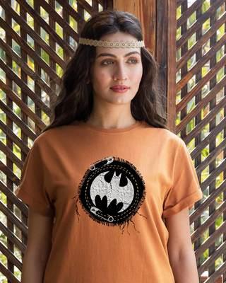 Shop Batman Applique Boyfriend T-Shirt (BML)-Front