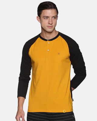 Shop Campus Sutra Men Stylish Solid Casual T-Shirts-Front