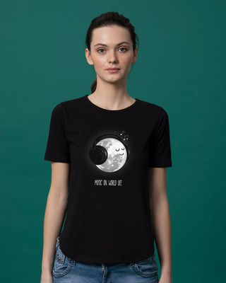 Shop Chilling Moon Basic Round Hem T-Shirt-Front