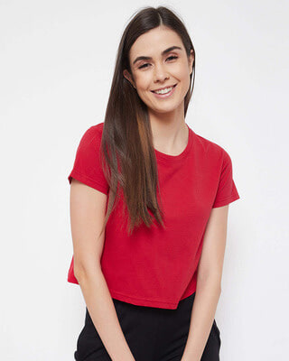 Shop Clovia Chic Basic Cropped Sleep Tee in Red - 100% Cotton-Front