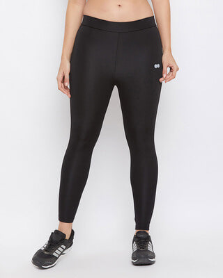 Shop Clovia Snug Fit Active Ankle Length Tights in Black-Front