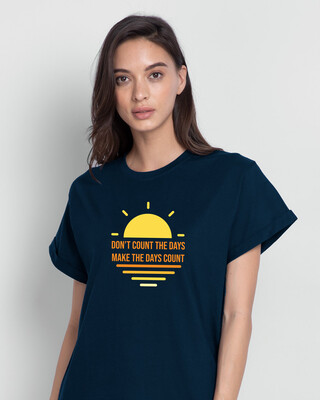 Shop Count Days Boyfriend T-Shirt Navy Blue-Front