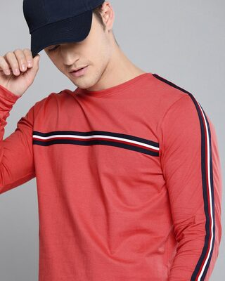 Shop Difference of Opinion Red Solid T-shirt-Front