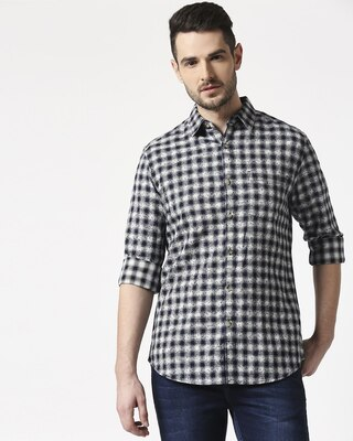 Shop Men's Slim Fit Casual Cotton Indigo Shirt-Front