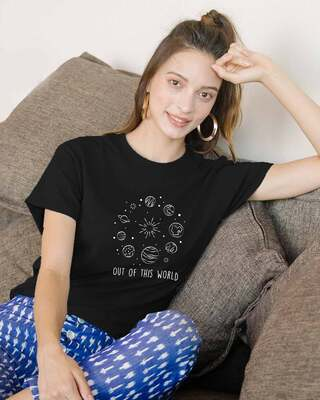 Shop Out Of The World Boyfriend T-Shirts Black-Front