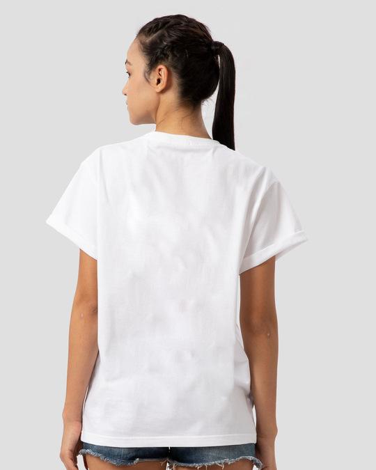Shop BWKF Giraffe Boyfriend T-Shirt-Design