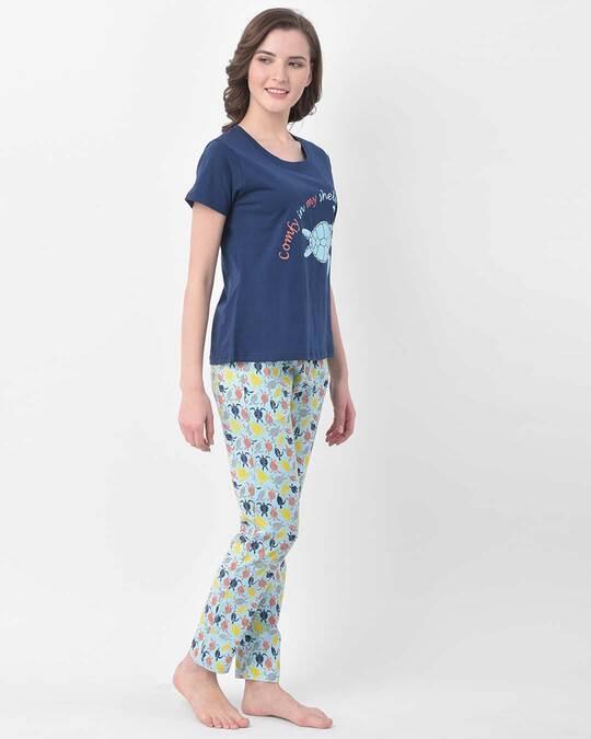 Shop Clovia Cotton Printed Top & Pyjama Set-Back