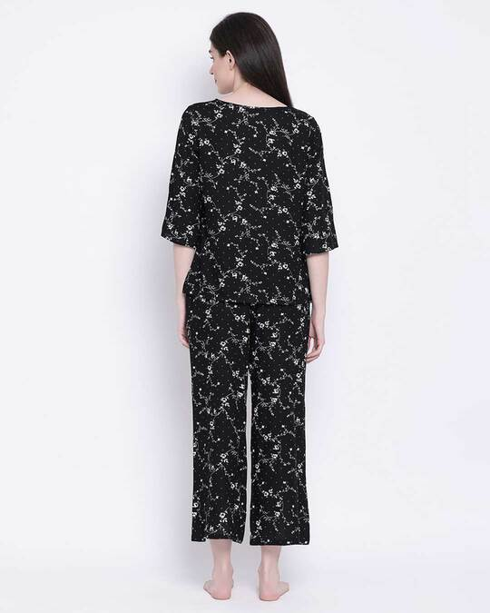 Shop Clovia Rayon Floral Printed Top & Pyjama Set-Design