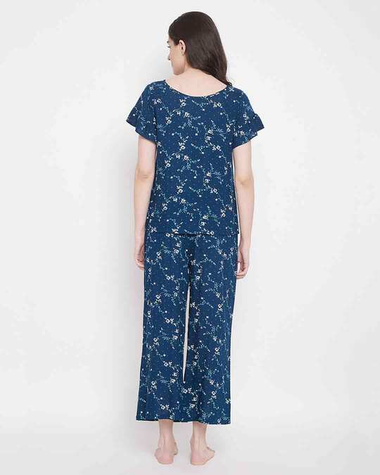 Shop Clovia Rayon Printed Top & Pyjama Set-Design