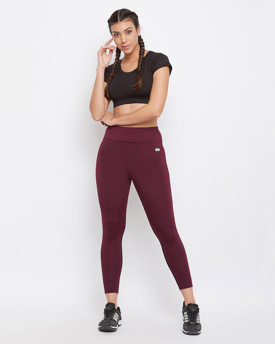 Shop Snug Fit Active Ankle Length Tights In Maroon-Full