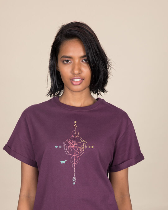 Shop Compass Gradient Boyfriend T-Shirt-Front