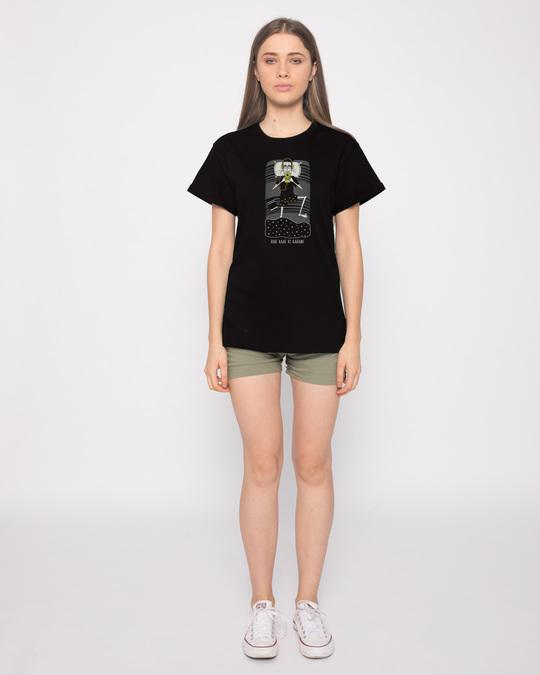 Shop Har Raat Ki Kahaani Boyfriend T-Shirt