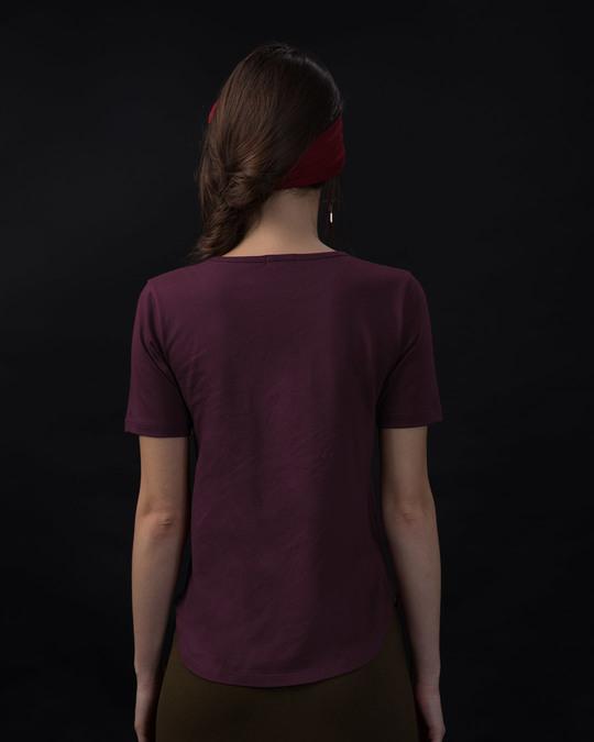 Shop Hellow Pooh Basic Round Hem T-Shirt (DL)-Back