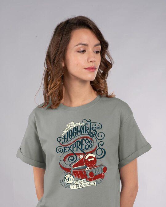 Shop Hogwarts Express Boyfriend T-Shirt (HPL)-Front