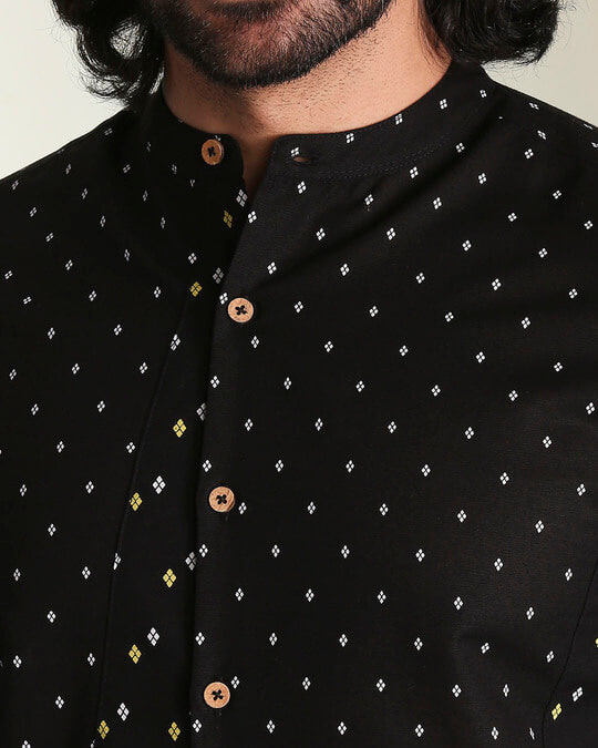 Shop Men's Printed Manadarin Collar Black Shirt-Full