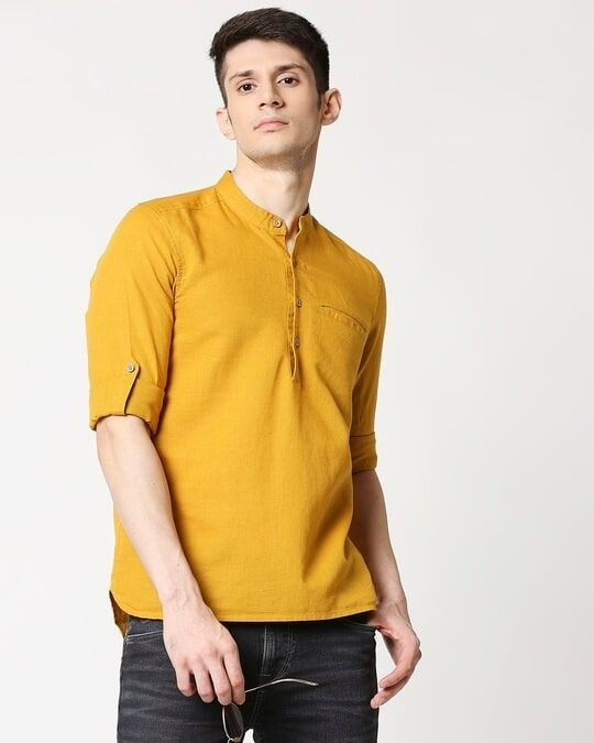 Shop Men's Cotton Solid Yellow Kurta-Front