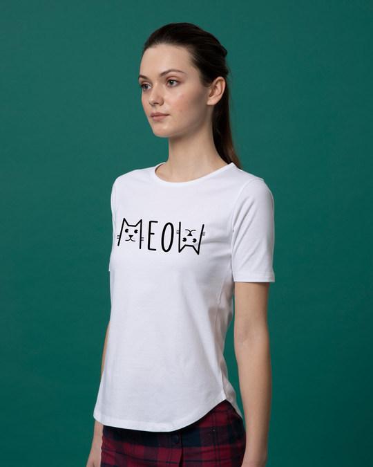 Shop Meow Typo Basic Round Hem T-Shirt-Back