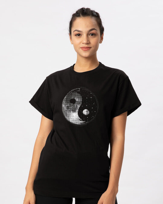 Shop Moon And Stars Yin Yang Boyfriend T-Shirt-Back