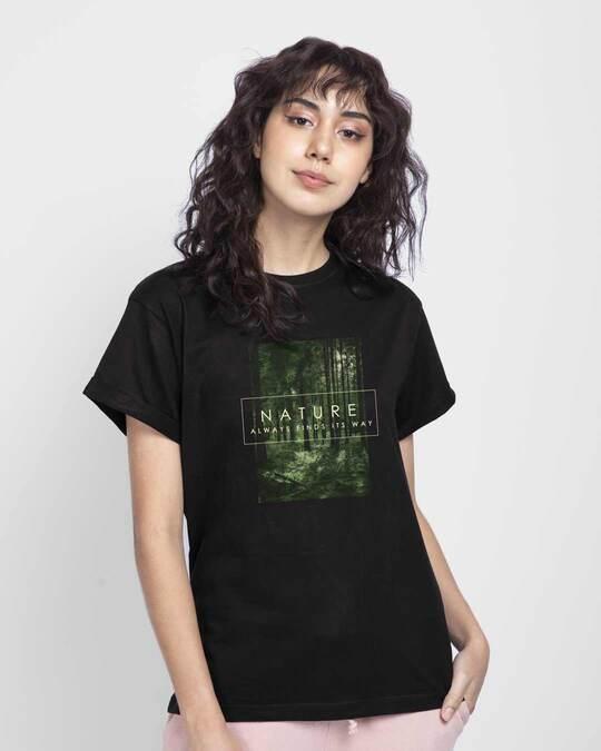 Shop Nature Finds Its Way Boyfriend T-Shirt Black-Front