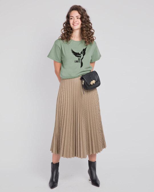Shop No Limits To Fly Boyfriend T-Shirt Laurel Green-Design