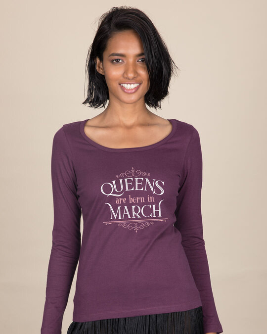 Shop Queens Are Born Scoop Neck T-Shirt-Front