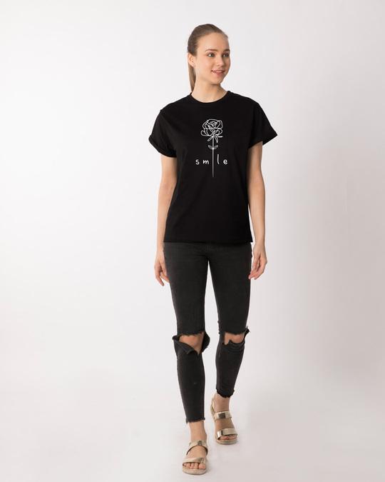 Shop Smile Flower Boyfriend T-Shirt-Design