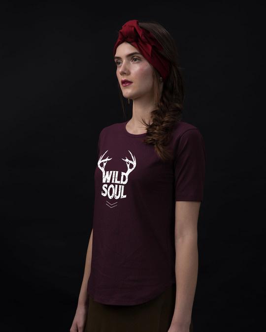 Shop Wild Soul Basic Round Hem T-Shirt-Back