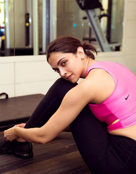 Deepika Padukone Without Makeup - Bewakoof Blog