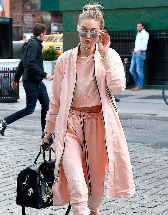 Airport Look - Pastel Color Clothing Ideas for Summer | Bewakoof Blog
