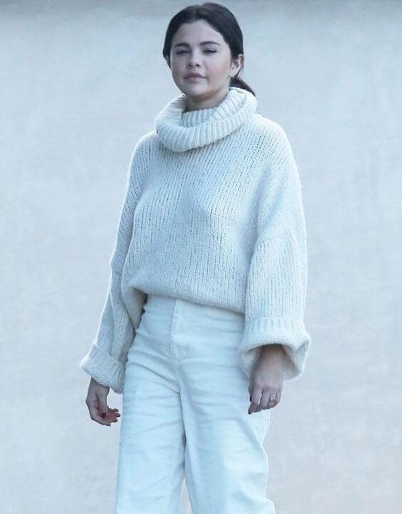 Selena Gomez Winter Outfits Ideas 2 - Bewakoof Blog