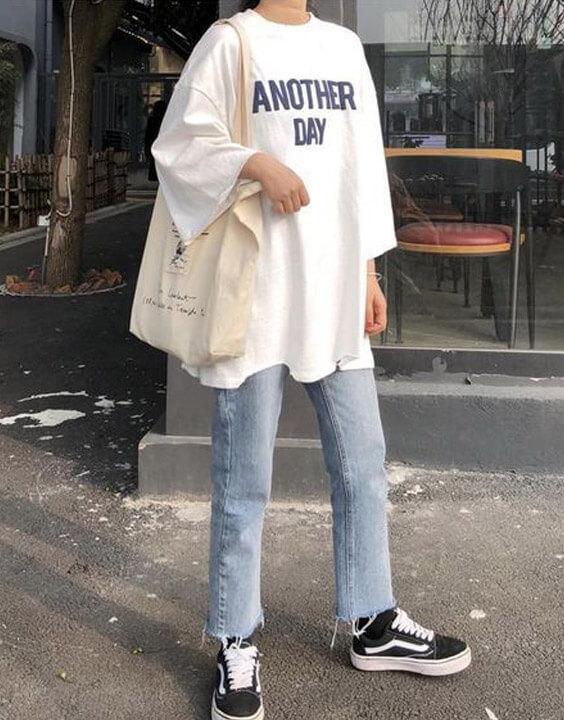 White Oversized T Shirt for Women - Bewakoof Blog