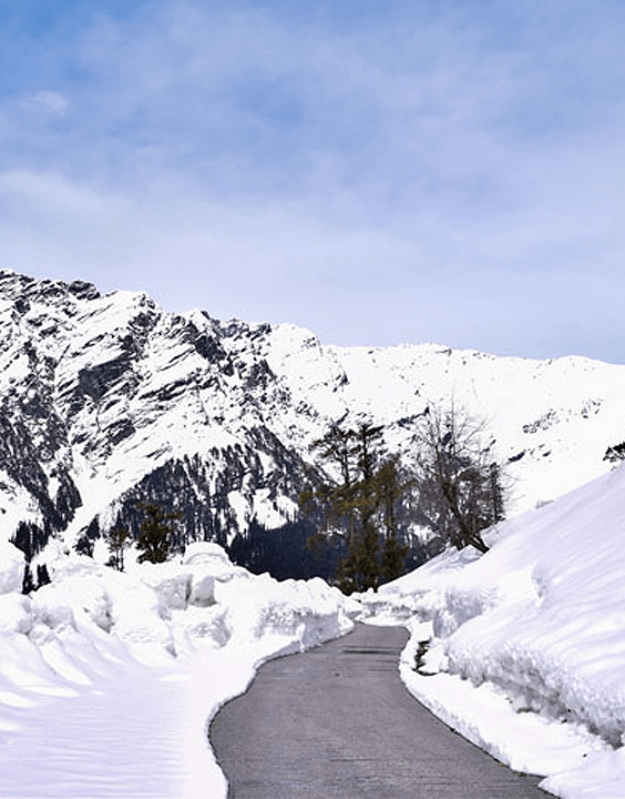 Rohtang Pass | best place to visit in winter in india - Bewakoof Blog