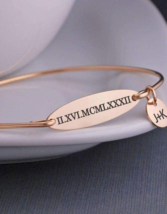 Jewelry - valentine gift ideas for her | Bewakoof Blog