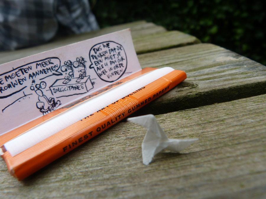 Rolling paper - Rolling Joints | Utter Bewakoof