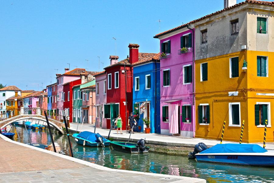 Italy - Destination |Utter Bewakoof