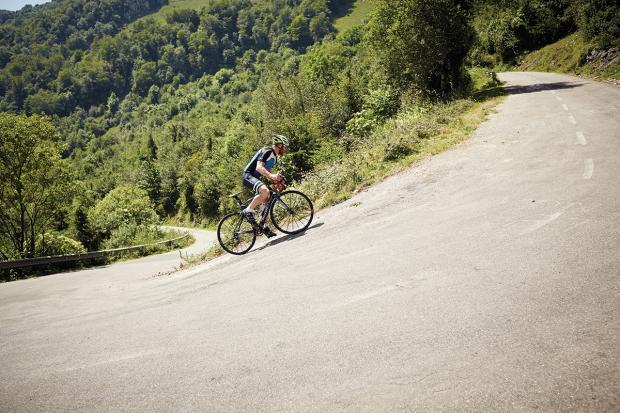Alto de L'Angliru - Cycling Routes|Utter Bewakoof