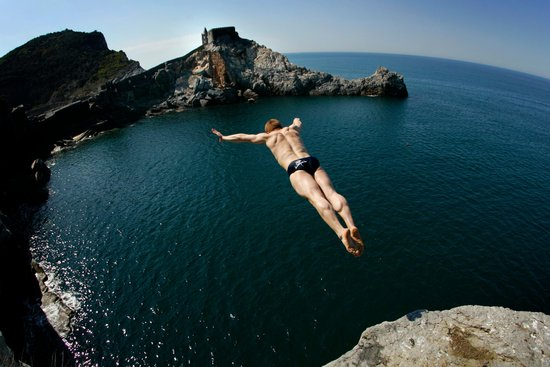 Alain Kohl - Cliff diving