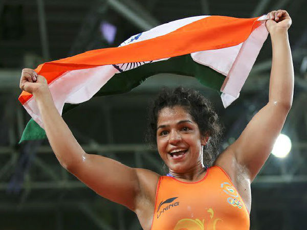 Banner india finally wins sakshi malik bags the bronze at the rio olympics 1471510551