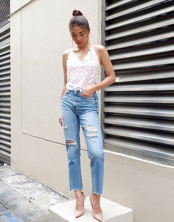 Ripped jeans outfit - Bewakoof blog