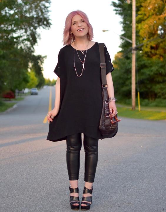 How To Wear Leggings 8 Leggings Outfit Ideas Bewakoof Blog