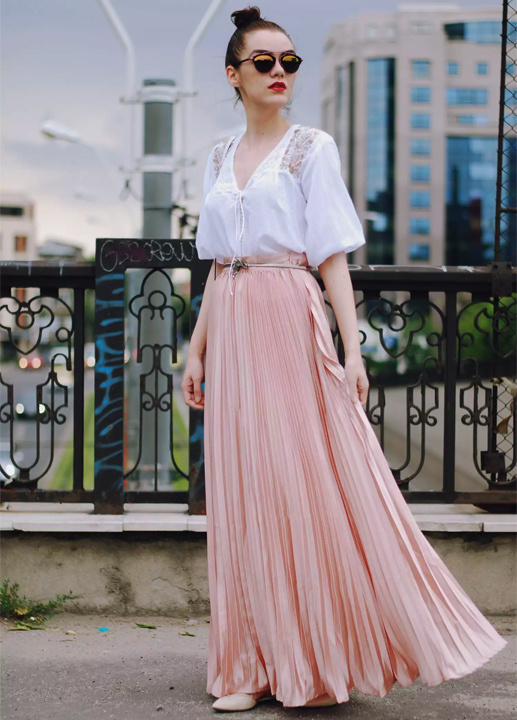 d5200aca4 What Kind Of Tops To Wear With Long Skirts - Learn How To Style Long ...