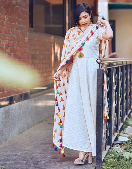 Colorful Dupatta Style - Bewakoof Blog