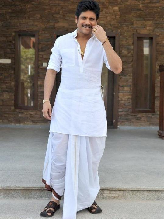 How to Wear Gandhi Dhoti - Bewakoof Blog