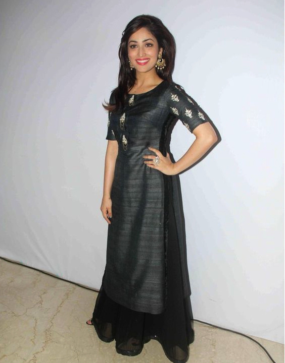 20 Bollywood actresses in salwar kameez - Bewakoof Blog