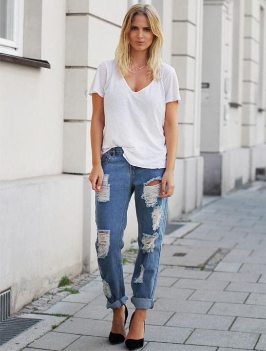 0003f96215d47 White Shirt Blue Jeans Style Guide For Men   Women