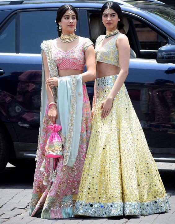 How To Wear Lehenga Saree Step By Step Bewakoof Blog