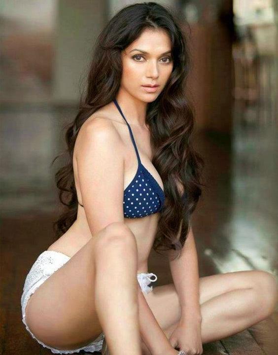 Aditi Rao Bikini Bewakoof blog