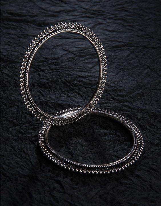 Oxidished bangles Bewakoof Blog