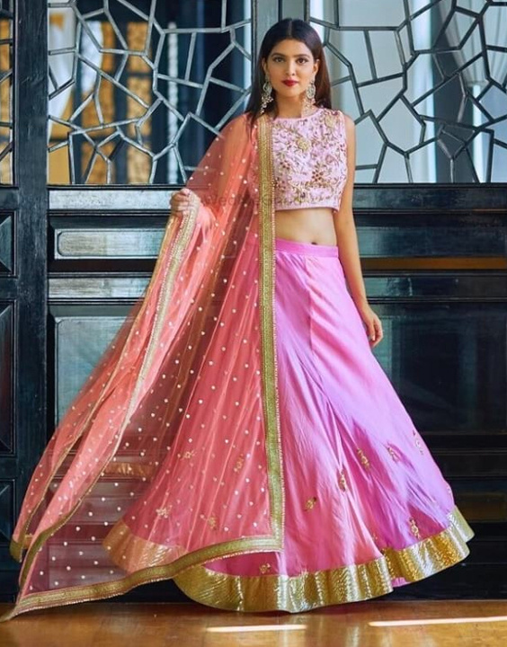 Every wardrobe needs a Simple lehenga! Girls take note | Bewakoof Blog